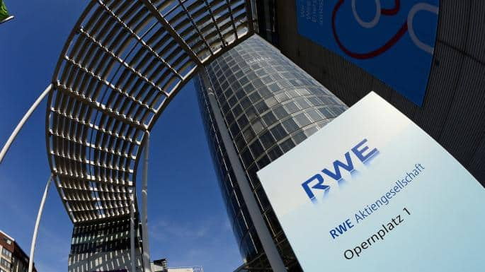 RWE shares rise on in-line earnings, news E.ON deal is on track