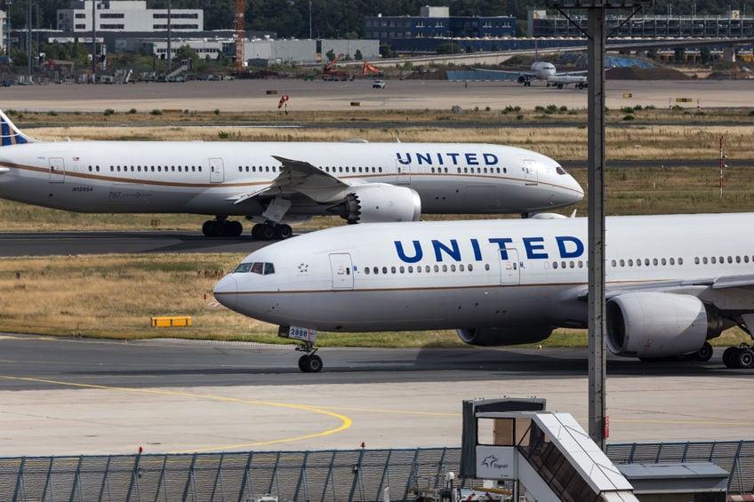 Der Umsatz von United Airlines sank im 3. Quartal aufgrund von COVID-19-Beschränkungen um 78%