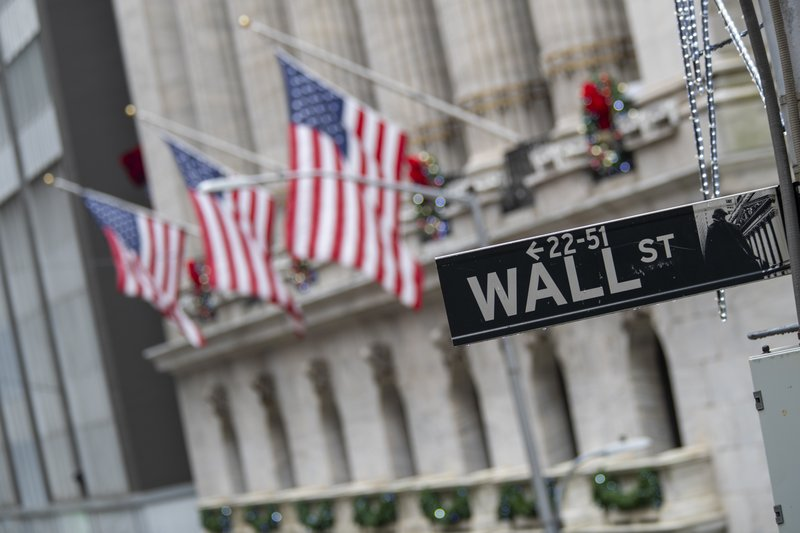 Wall Street's three main indexes remain under pressure after news about reducing stimulus by tapering bond purchases